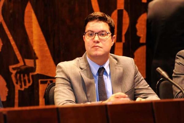 Instituto Democracia e Liberdade, de Curitiba, pede que TSE proíba pesquisas com Lula