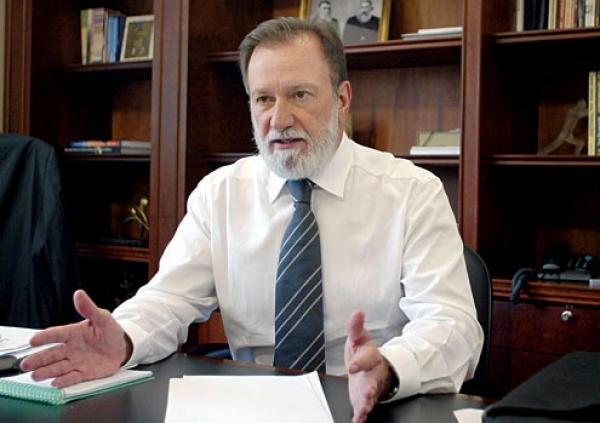 Cooperativas deixam Osmar Dias a ver navios