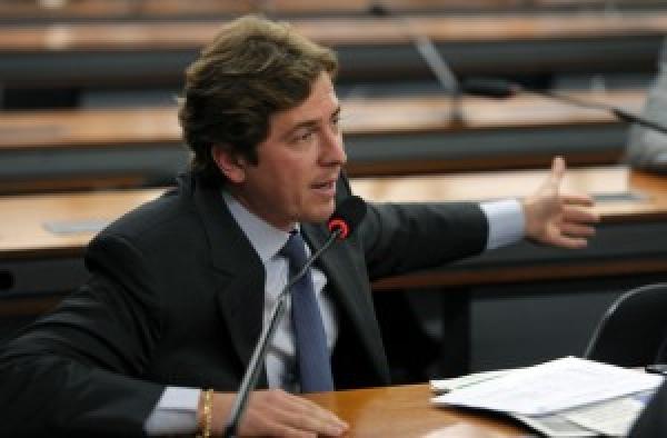 PT pode virar um partido nanico no Paraná