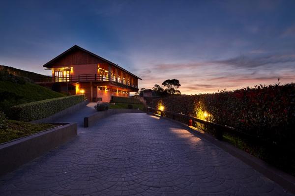 O Hotel Saint Michel em Monte Verde conta com estrutura para total relaxamento e lazer