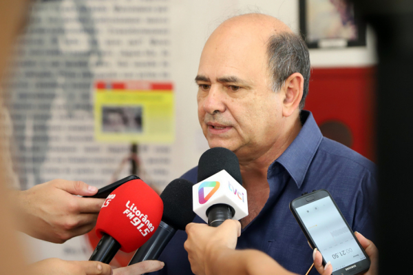 O general Luiz Felipe Kraemer Carbonell