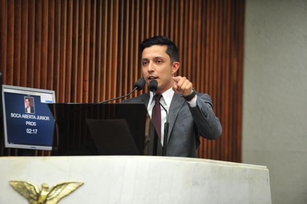 Boca Aberta Jr (PROS): presidente da Assembleia mandou retirar xingamentos das notas taquigráficas