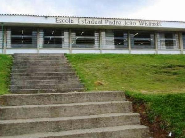Escola Padre João Wislinski, no Santa Cândida: governo pagou R$ 698.085,05, mas execução da obra só equivaleu a R$ 470,292,02