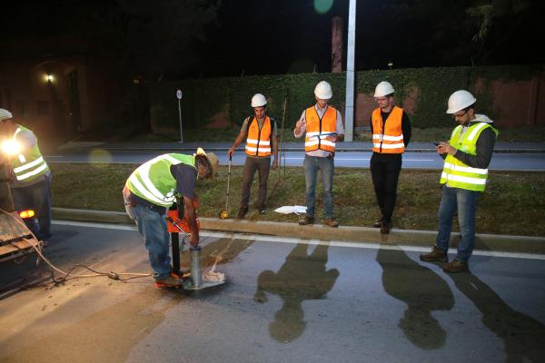 Linha Verde: trabalho de avaliação do asfalto segue até quinta-feira (15), sempre entre a 0 hora às 5 horas da manhã.