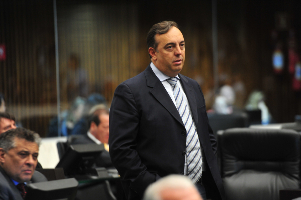 Francischini (PSL): pré-candidato a prefeito publicou vídeo denunciando fechamento de posto de saúde
