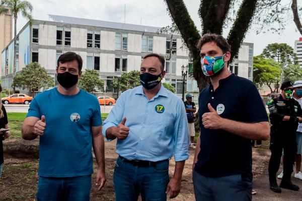 """João Arruda (MDB), com Francischini (PSL) e Goura (PDT): """"Temos buscar juntos um projeto maior"""""""