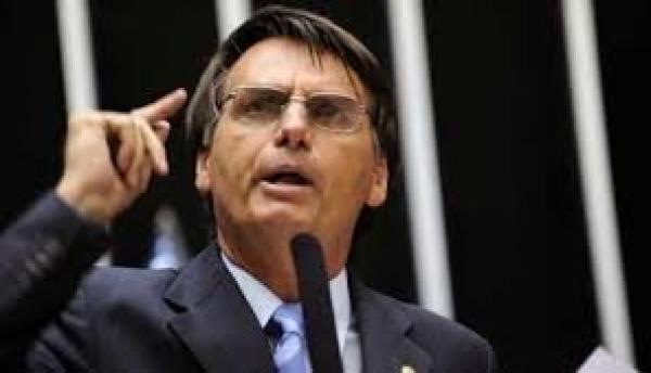 Jair Bolsonaro cresce na onda antiesquerda