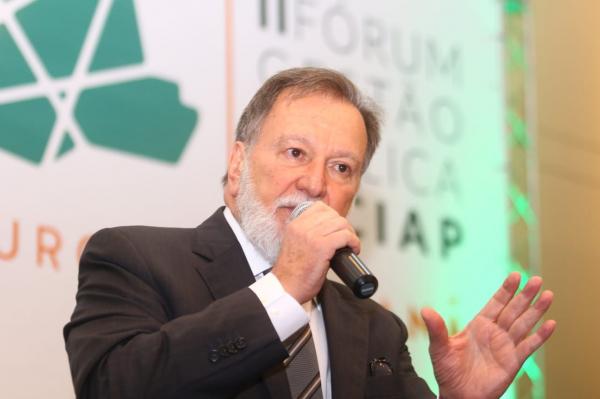 Osmar Dias (PDT) diz que ainda não definiu o nome de Delazari (MDB) para vice