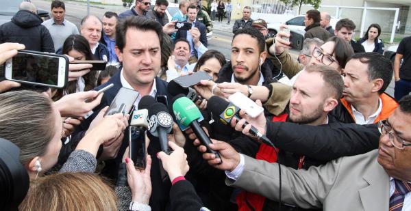 Ratinho Jr descarta interferir na eleição da Assembleia: 'eles que decidam'