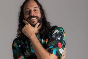 Gabriel, O Pensador faz show em Curitiba nesta sexta