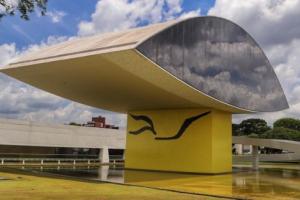 Museu Oscar Niemeyer tem atividades especiais para os visitantes no domingo
