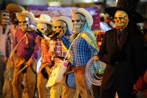 Bares de Curitiba entram na onda da Festa dos Mortos. Veja 10 rolês temáticos