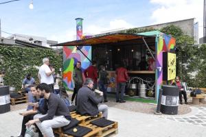 Rua Pagu faz a festa Abre Caminho, com música, comidinhas e consulta gratuita com astróloga