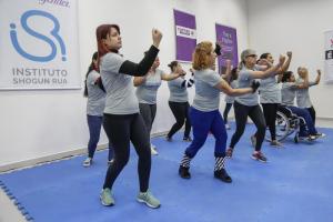 Você sabia que tem curso de defesa pessoal gratuito para mulheres em Curitiba? Saiba tudo