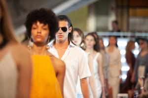 Glória Kalil e Carol Trentini participam de evento gratuito que discute as tendências da moda
