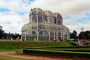 Curitiba está entre as capitais mais populares no Instagram; Confira o ranking das 10 mais