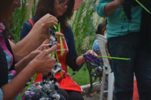 Curitiba celebra o Dia Mundial de Tricotar em Público neste sábado