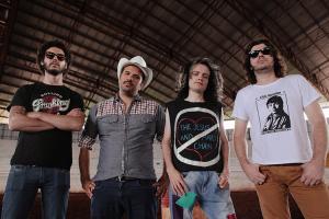 Bandas curitibanas se apresentam na segunda festa do Soy Latino Bar
