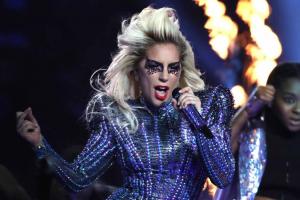 Balada de Curitiba tem especial Lady Gaga com open bar neste sábado  (23)