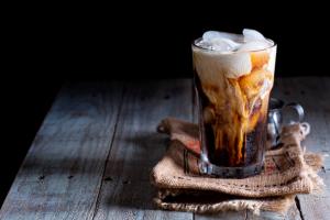 4 lugares para tomar café Cold Brew em Curitiba por menos que R$15