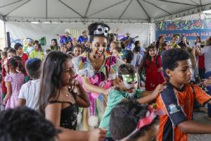Coreto do Passeio Público e Ruas da Cidadania terão espetáculo de samba