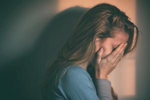 Adolescentes com depressão: familiares têm  papel fundamental no combate à doença