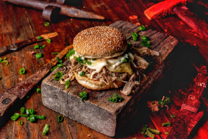 Descubra oito lugares para comer sanduíches 'diferentões' em Curitiba