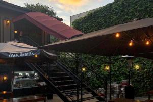 Tour cervejeira e roqueira que vai tomar conta do Cão Véio Curitiba