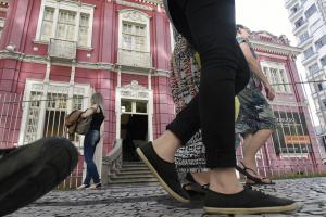 MAC Paraná completa mais de meio século. Local se tornou a primeira casa para muitos artistas