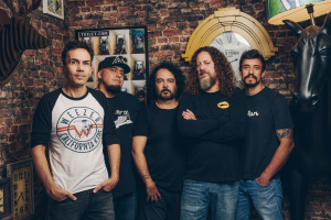 Digão, do Raimundos, fala do show em homenagem ao primeiro álbum da banda