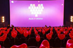 Cinema prepara 'Sessão dos Solteiros' em Curitiba no domingo