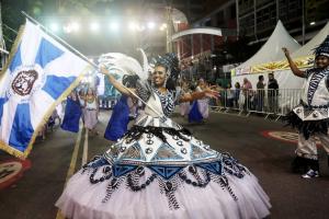 Já dá para participar dos ensaios das escolas de samba de Curitiba. Saiba quando e como