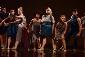 Colégio Estadual do Paraná promove semana de mostra de dança, workshops e debates