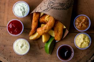 5 lugares para comer fish n' chips em Curitiba