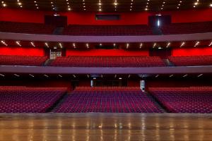 Cultura do Paraná anuncia grandes projetos nesta terça em solenidade do Teatro Guaíra