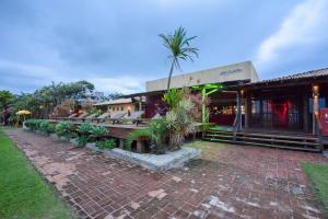Café Curaçao reabre com música, gastronomia e pôr-do-sol. Veja a programação de shows