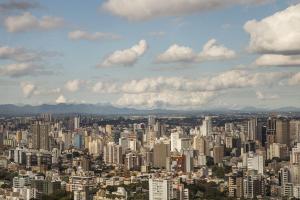 Confira oito aplicativos para facilitar a sua vida em Curitiba