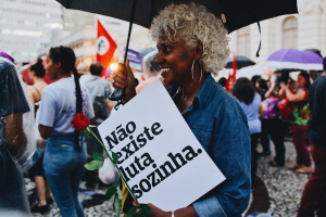 """PEITA lança """"Não Existe Luta Sozinha"""" e une parceiras e mulheres da comunidade do Parolin"""