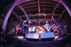 Sua banda pode tocar no Festival Crossroads, Dia Mundial do Rock. Saiba como
