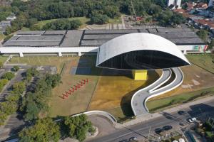 Museu Oscar Niemeyer lança a oficina artística MON ao Vivo