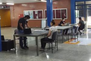 PUCPR anuncia retorno das atividades presenciais para 150 formandos de oito cursos