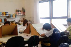 Centro Juvenil de Artes Plásticas abre inscrições para 25 oficinas gratuitas para crianças e adolescentes