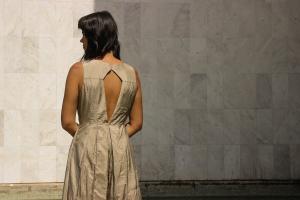 Novo ateliê de costuraleva moda e sustentabilidadeao Centro de Curitiba