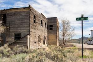 Com Halloween, cresce procura de casas 'mal-assombradas' no Airbnb