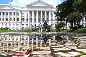 Paraná tem cinco universidades entre as 40 melhores do País, segundo pesquisa. Veja quais