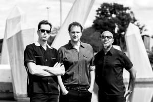 Plebe Rude, uma das primeiras bandas punks do Brasil, faz show em Curitiba
