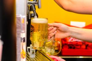 Confira oito lugares para beber cerveja artesanal em Curitiba
