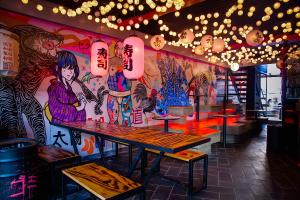 Confira sete lugares para viajar pela culinária mundial sem sair de Curitiba