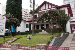 Centro de línguas da UFPR inicia inscrições para cursos extensivos. Saiba detalhes