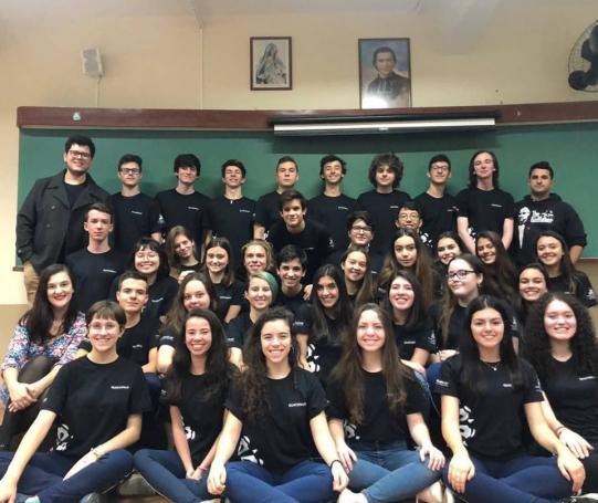 Alunos do Colégio Marista Paranaense.